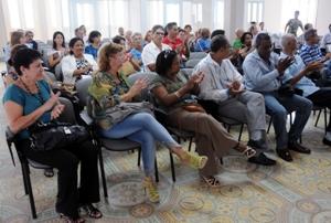 Valoran en Camagüey implementación de lineamientos de política económica y social cubana
