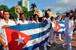 Múltiples razones para desfilar en colectivo de hospital pediátrico camagüeyano