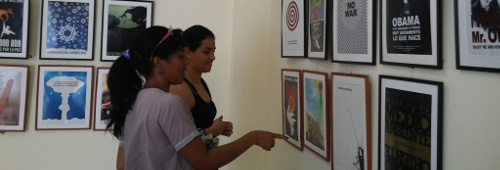 Traveling exhibition: Cartels for the Peace in Adelante