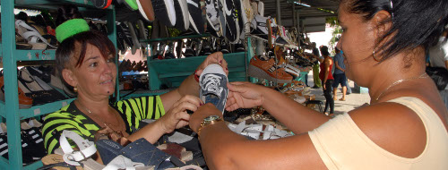 Cuban Authorities Look to Consolidate Private Sector