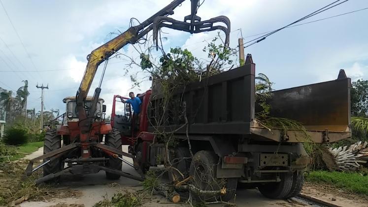 Continúa en Camagüey recogida de desechos sólidos