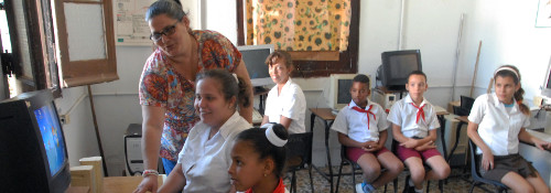 Nobel Prize Winner Talks on Education in Cuba