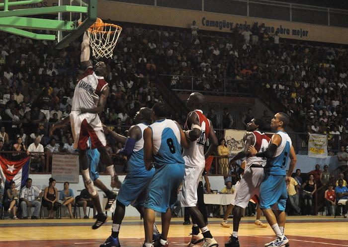 Camagüey lidera clasificación de la Liga cubana de Baloncesto (m)