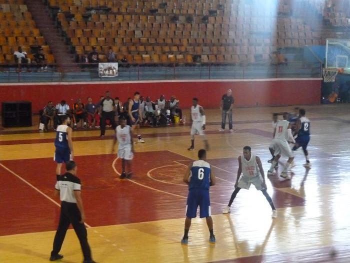 Camagüeyanos lideran clasificación de Liga Superior de Baloncesto (m)