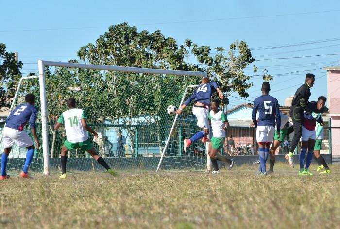 Camagüey gana y se acerca a clasificación en Liga cubana de Fútbol