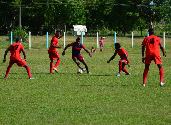 Camagüeyanos y avileños este fin de semana en Liga Cubana de Fútbol