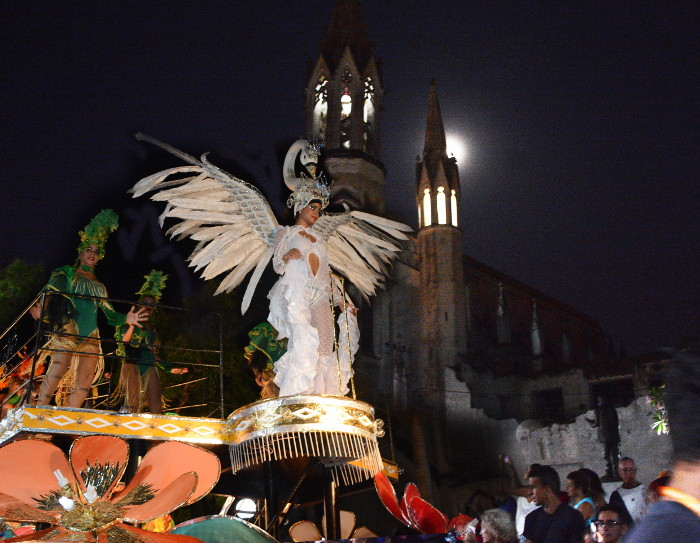 San Juan´s parades ended, let´s wait for the awards (+ photos)