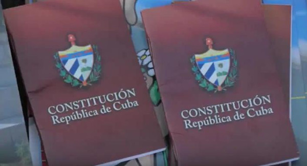 Cubans Talk about the Draft of the New Constitution