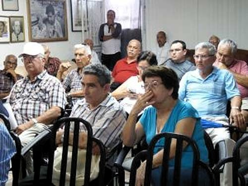 Cuban Emigrants in USA Highlight Draft Constitution