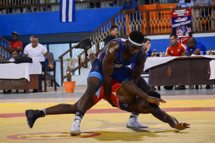 Camagüey consiguió dos medallas en torneo cubano de Lucha Grecorromana