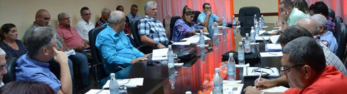Díaz-Canel assesses important socio-economic programs in Camagüey