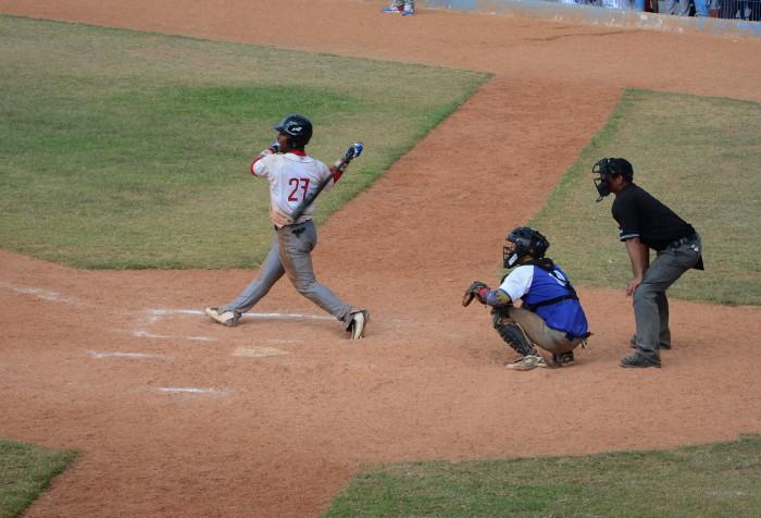 Camagüey derrota a Las Tunas en Campeonato Nacional Juvenil de Béisbol.