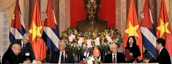 Cuban President in Vietnam on official visit