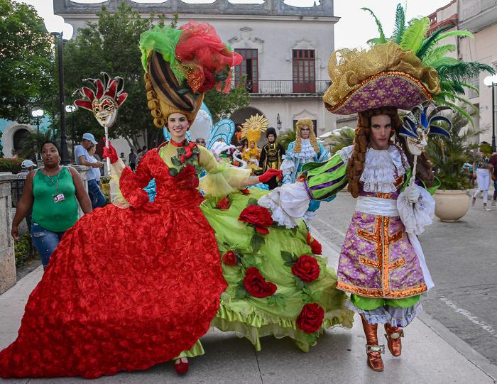 El paseo por el centro de la ciudad dice adiós, el San Juan camagüeyano continúa