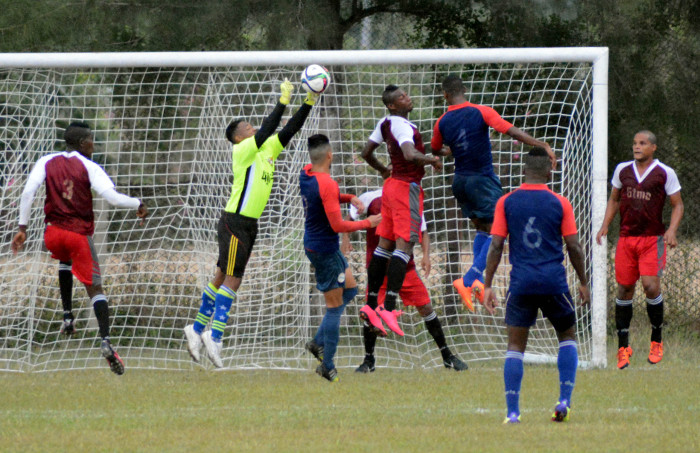 Camagüey refuerza su selección de Fútbol para semifinal del campeonato cubano