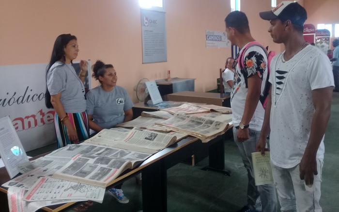 La Feria del Libro en Camagüey también abre espacio al periódico Adelante
