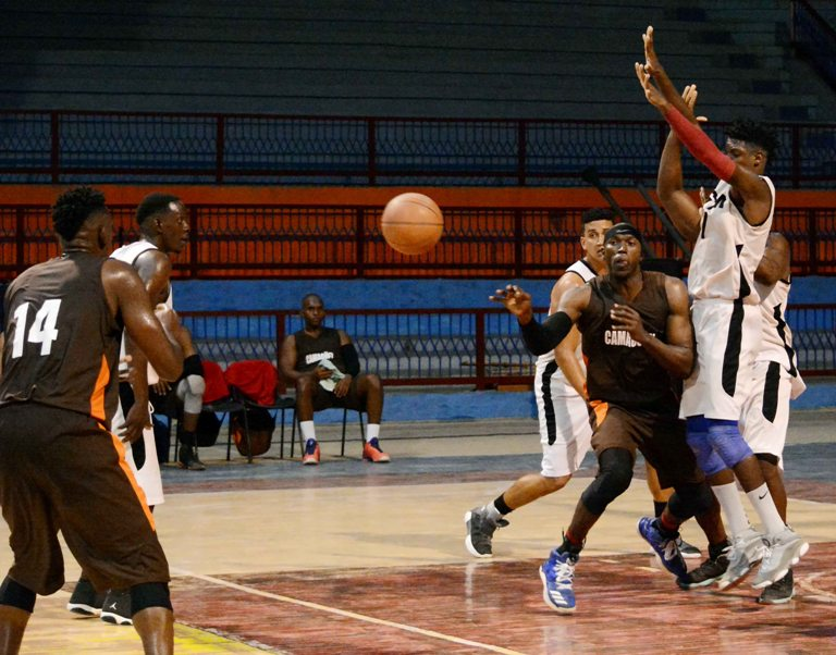 Liga Superior de Baloncesto: Camagüey abrió con victoria subserie ante Santiago