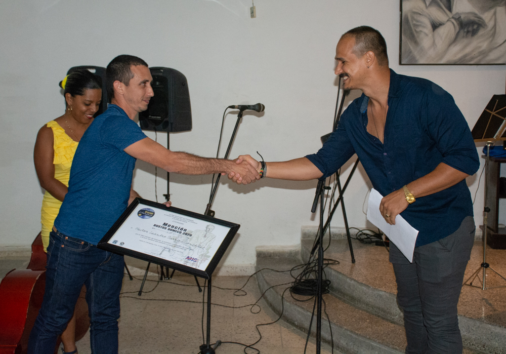 The XVII Literary Crusade closes with the delivery of the Bustos Domecq Award